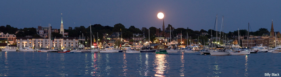 Newport Moonrise by Billy Black
