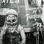 John Glenn, Friendship 74