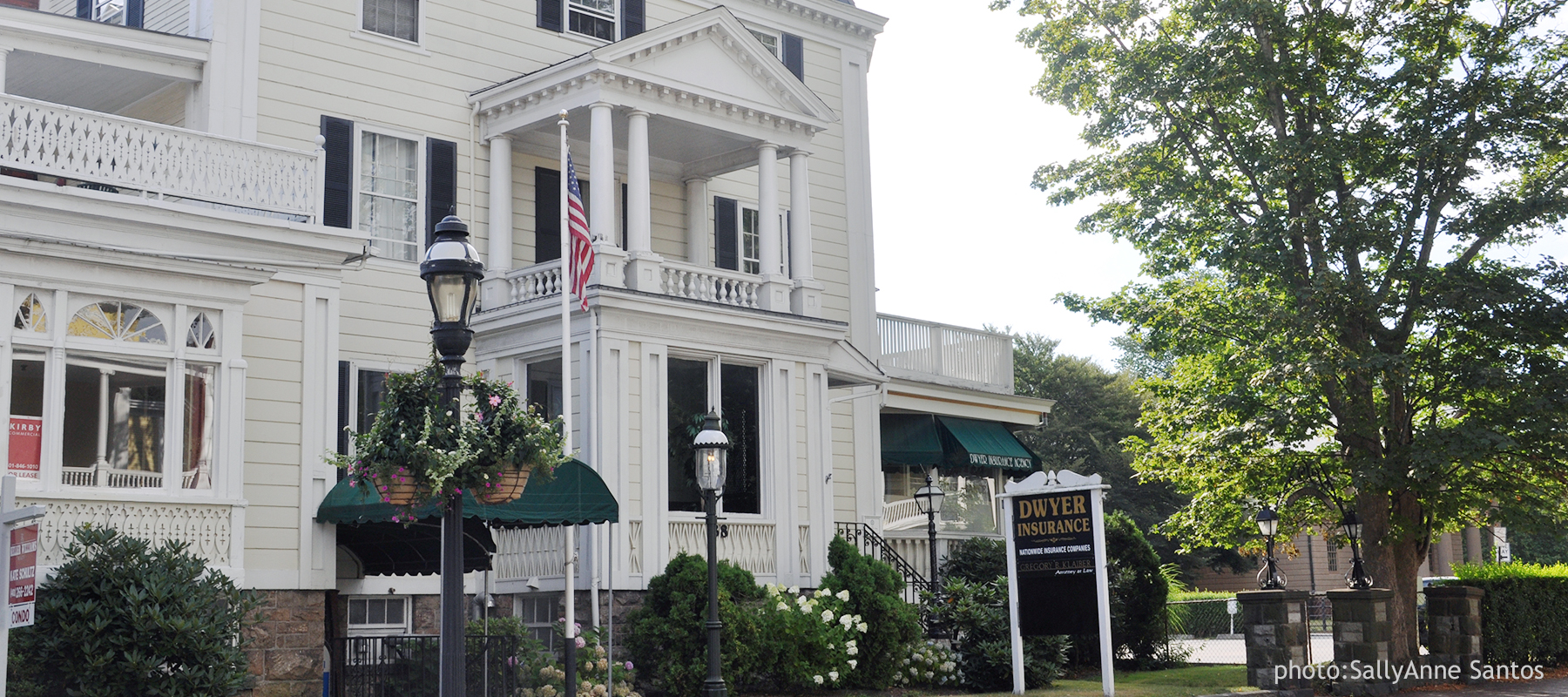 D.F. Dwyer Insurance Agency is located at 38 Bellevue Avenue, Newport, Rhode Island 02840